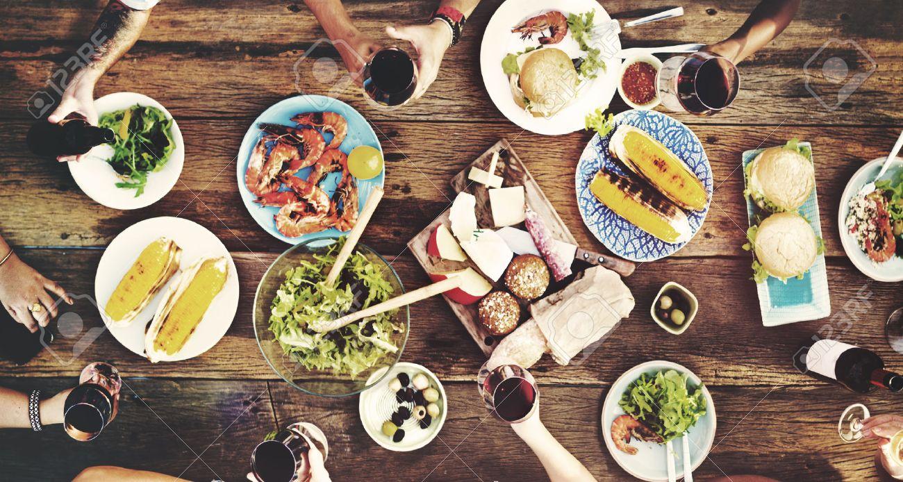 speisen tisch köstliche mahlzeit vorbereiten küche konzept, Esszimmer dekoo