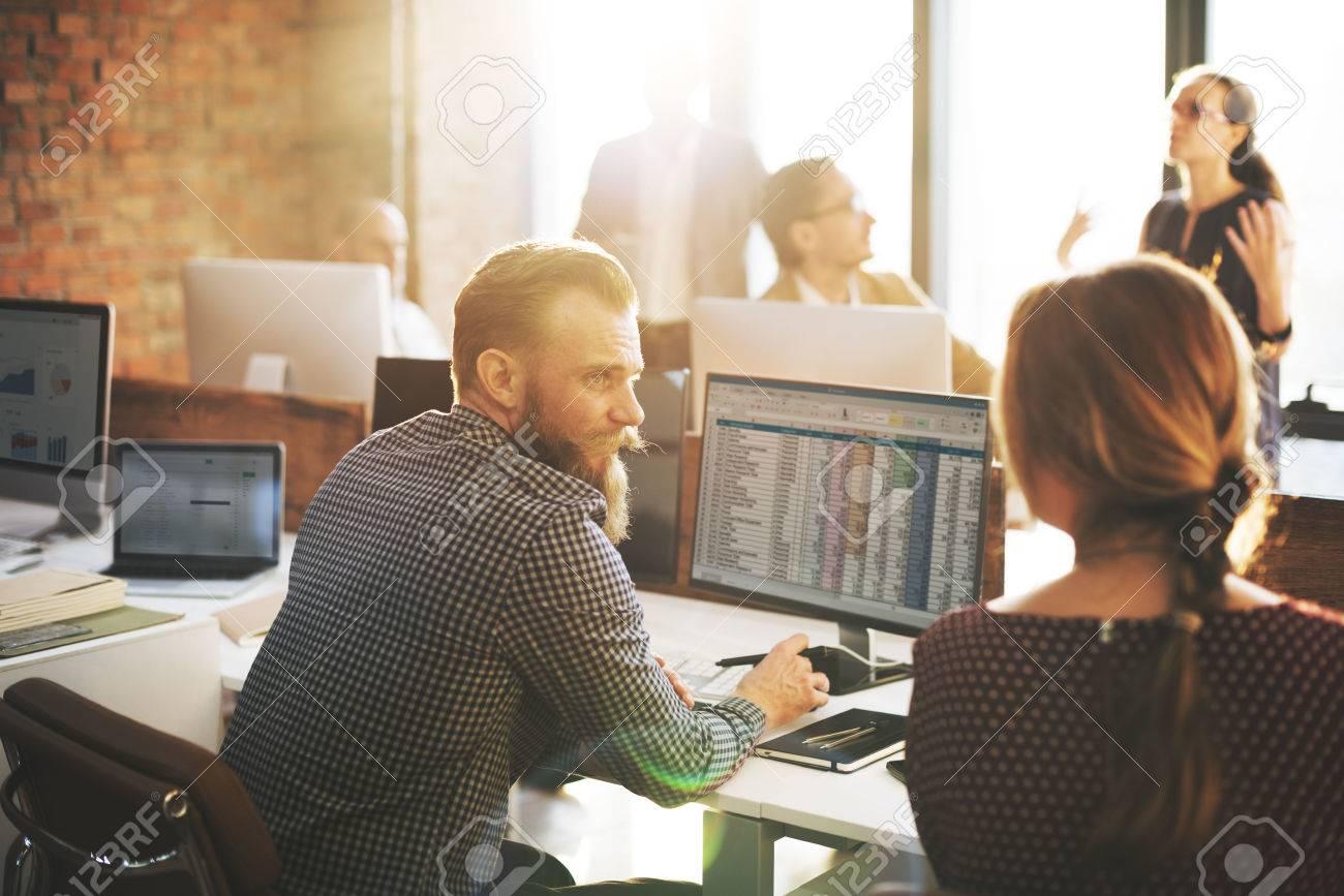 Geschäftsleute Planung Finanz Arbeitsblatt Buchhaltung Konzept ...
