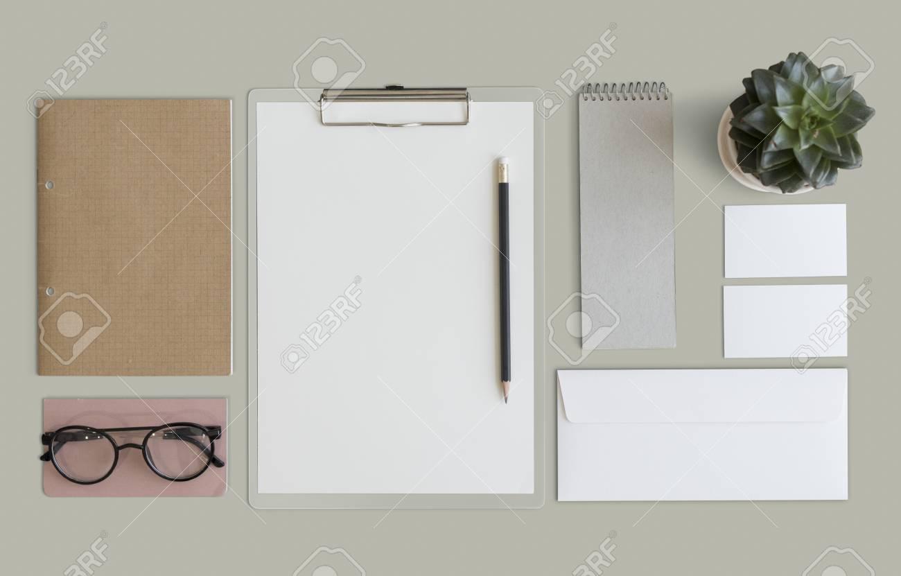 Organizzazione Ufficio : Stazionario documento lavoro d ufficio organizzazione concetto