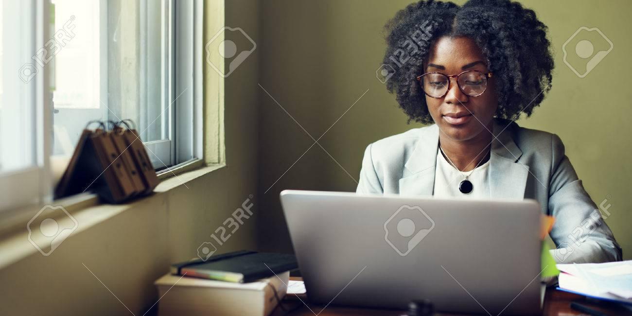 Femme de travail Occupé Concept Bureau Banque d'images - 59456191
