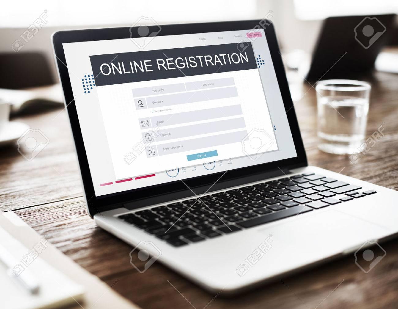 Online Registration Membership Follow Concept Standard-Bild - 61390843