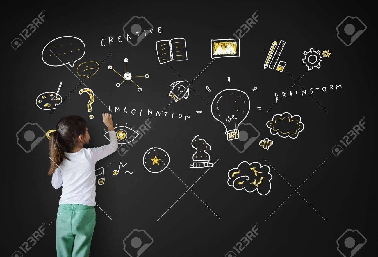 Creation Ideas Light Bule Imagination Arts Development Concept Banque d'images - 62087740