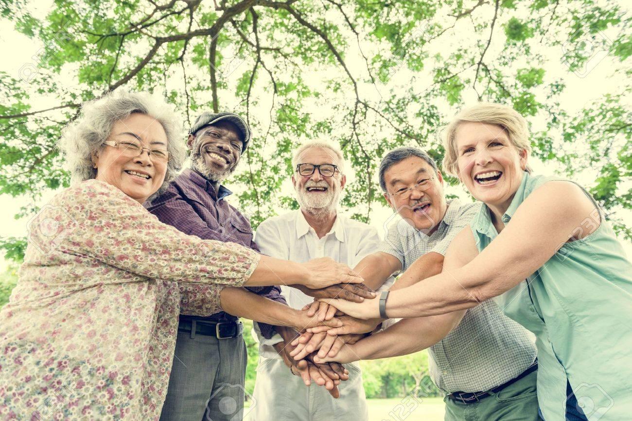 Group of Senior Retirement Friends Happiness Concept Standard-Bild - 71140663