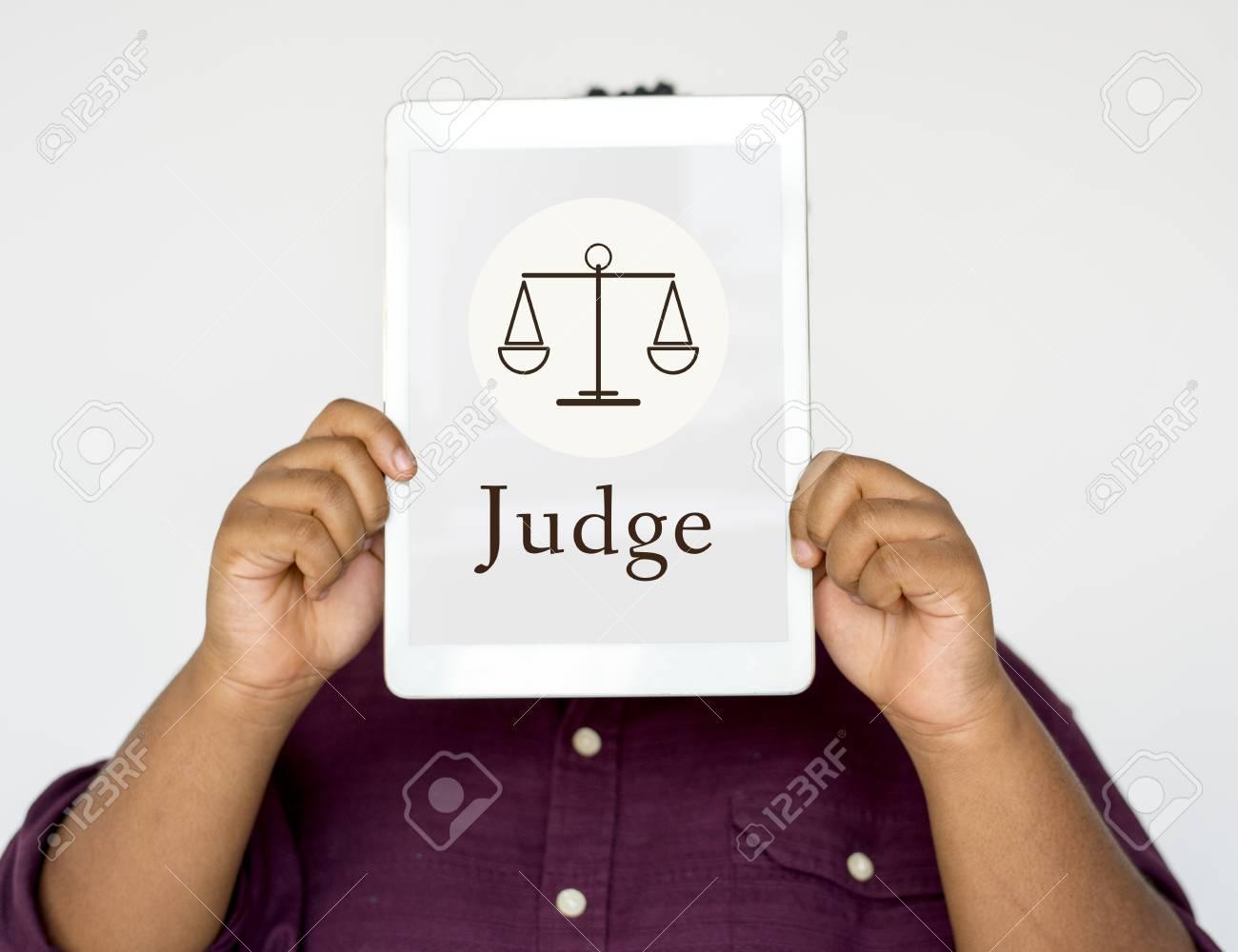 司法判断の平等の概念 の写真素材・画像素材 Image 81766843.