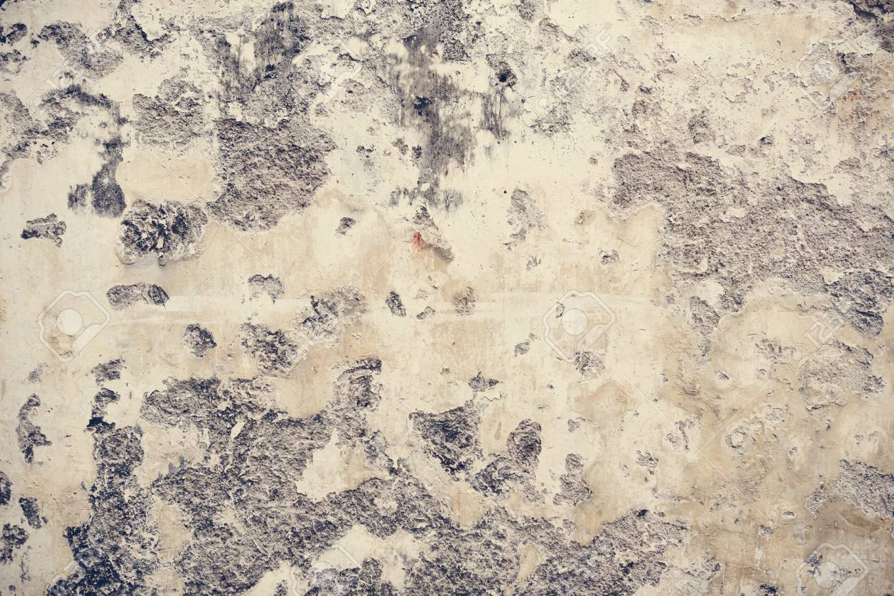 An old rustic peeled painted wall - 106369334