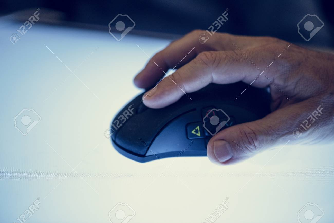 Hand holding using mouse clicking