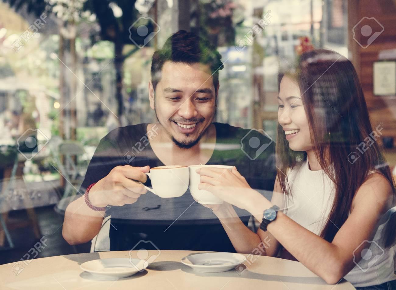 mi a törvényes életkor-különbség a randevúban a tennessee-ben