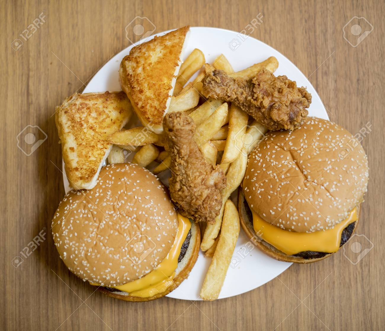 Fattening and unhealthy fast food - 109999064