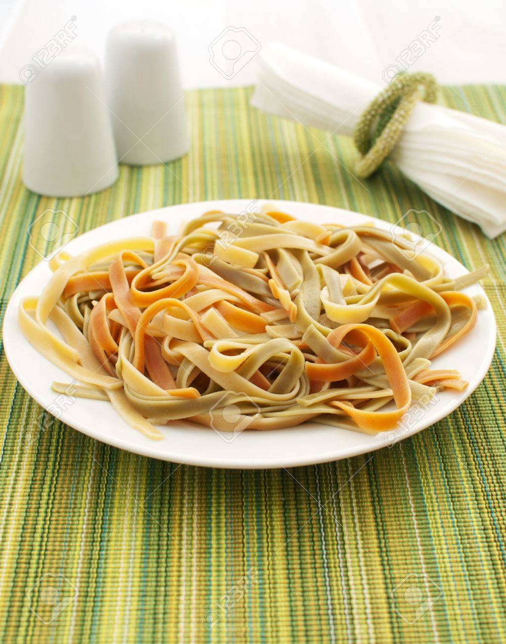 Green, red and yellow fettuccine Stock Photo - 14878649