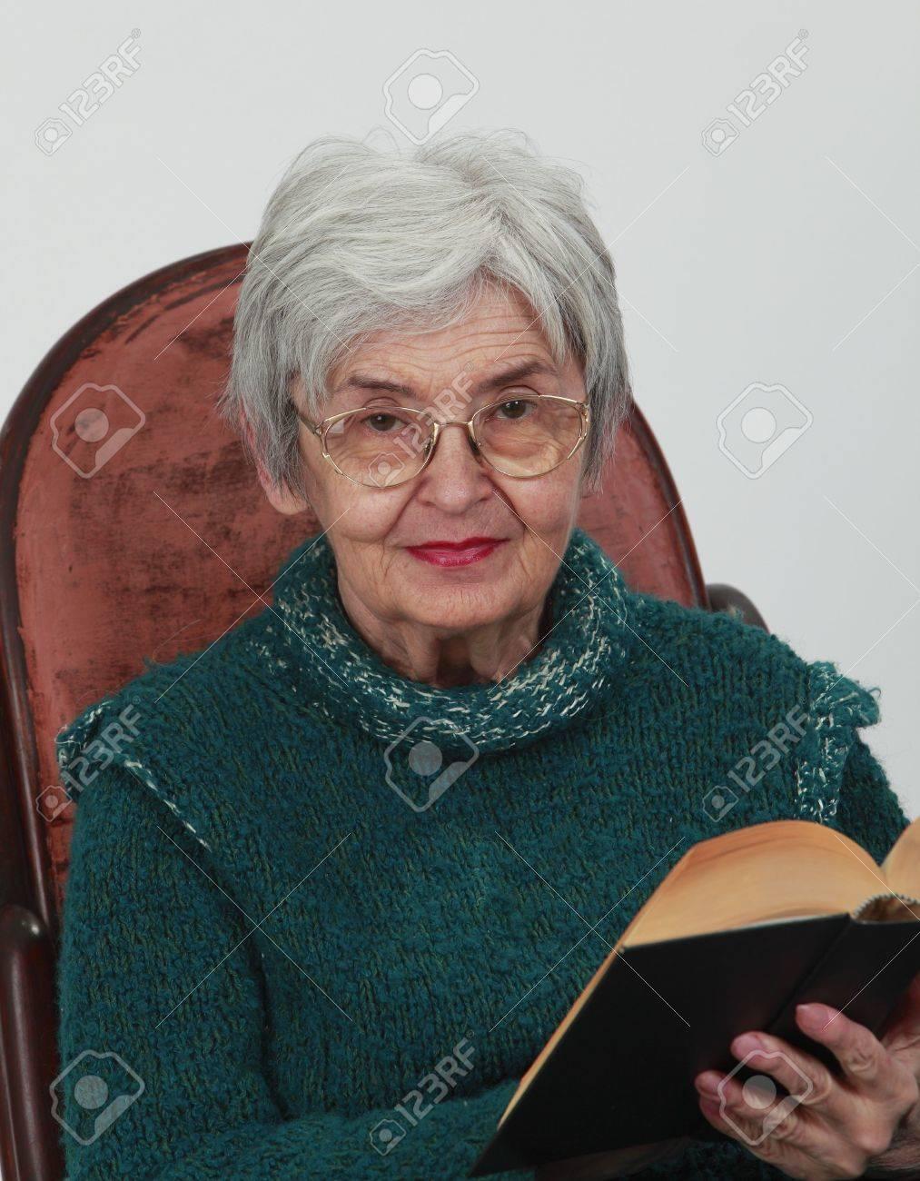 Сотреть бесплатно фото пожилых женщин 12 фотография