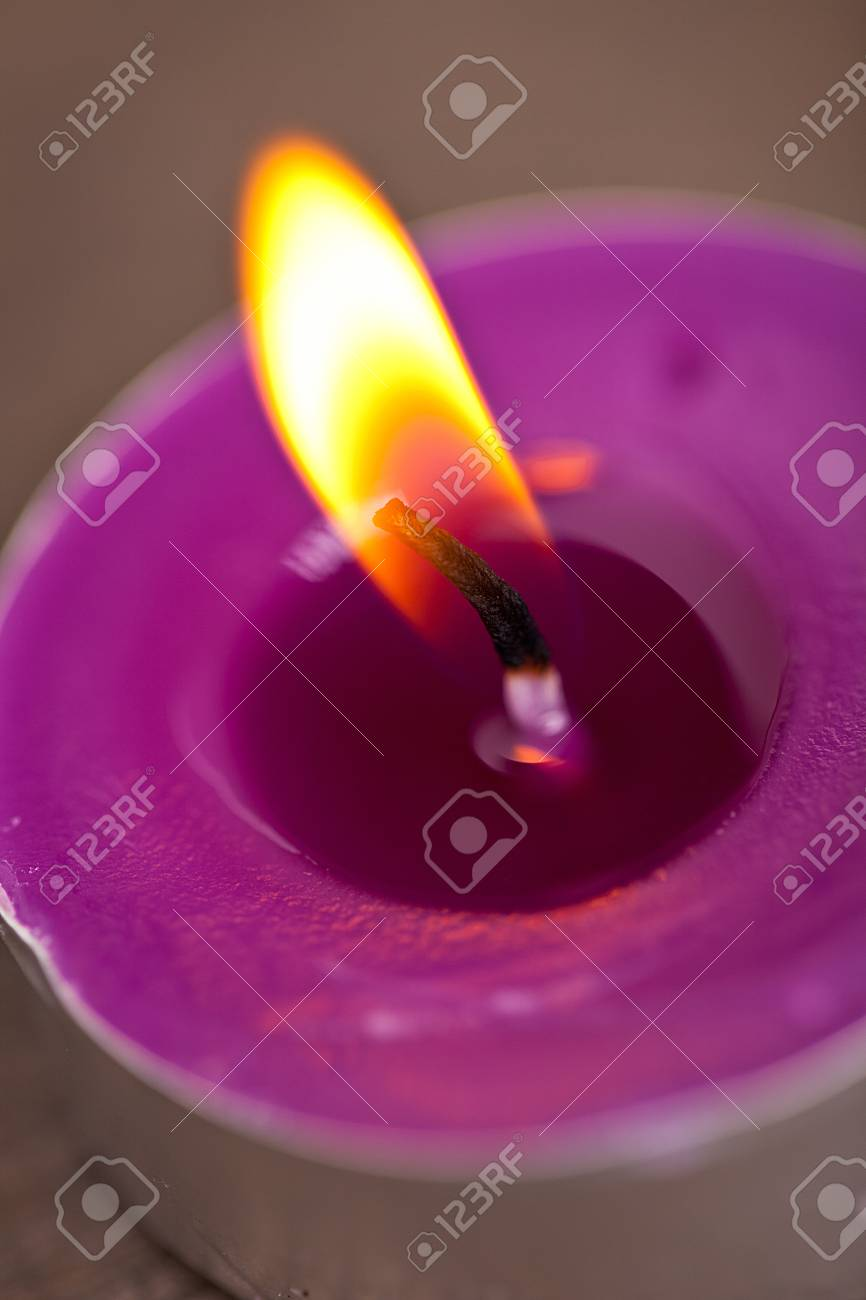 candel with flamme Stock Photo - 12508343