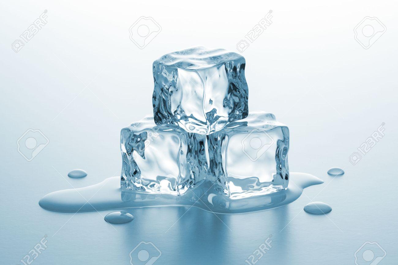 В Уфе к матчу Звезд КХЛ строят ледовый городок