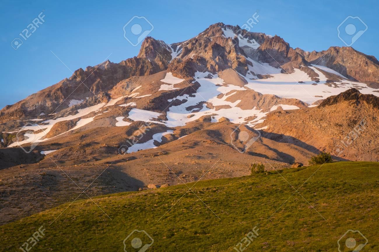 カスケード山脈、オレゴン州のフ...