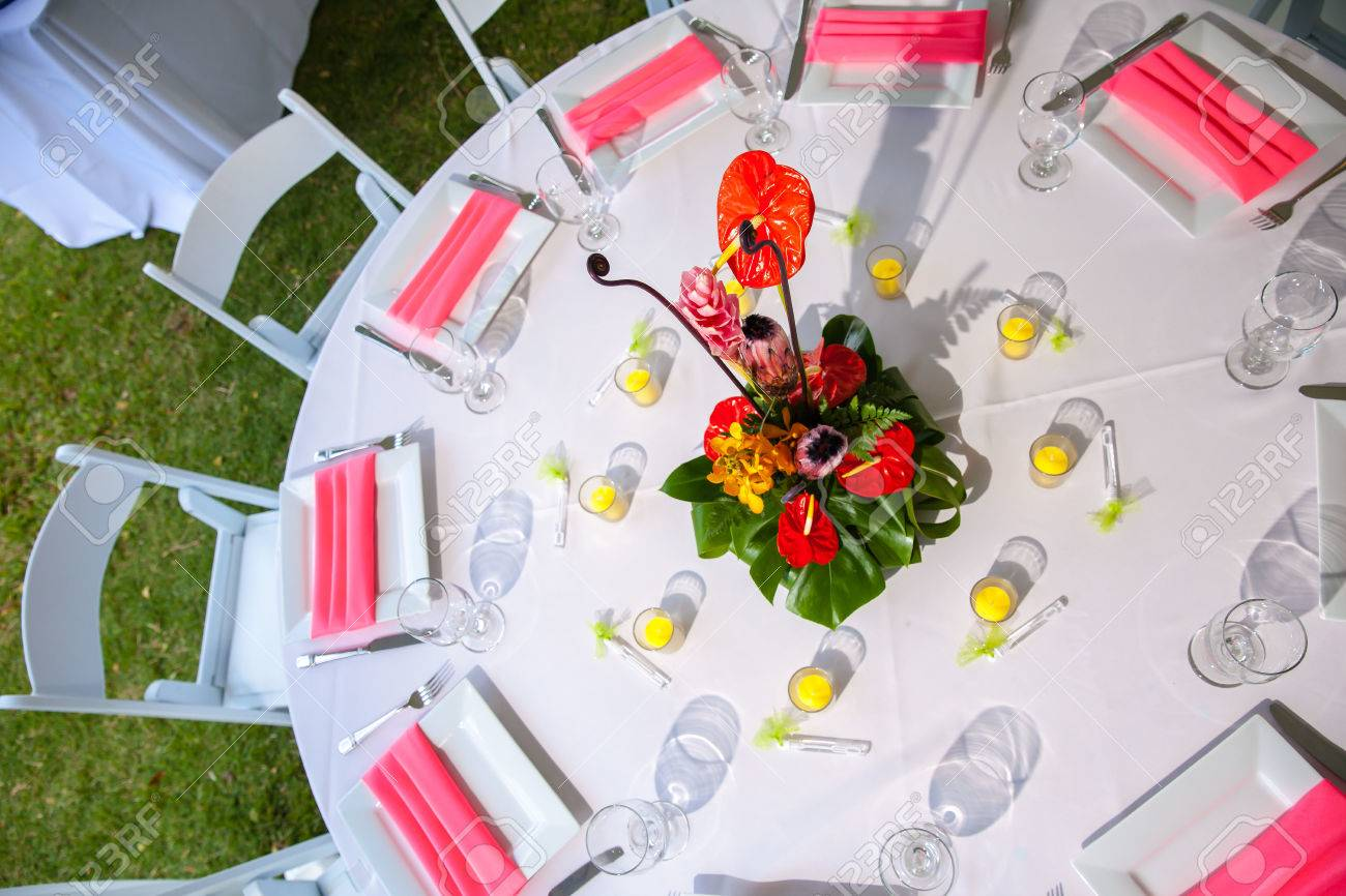 Luxury wedding lunch table setting outdoors in white and pink colors Stock Photo - 26452207 & Luxury Wedding Lunch Table Setting Outdoors In White And Pink ...