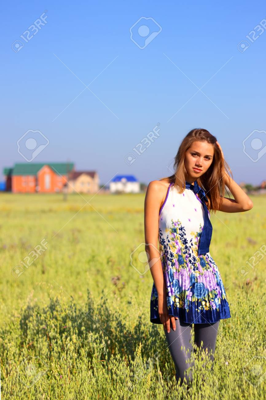 Beautiful girl in a field Stock Photo - 7511457