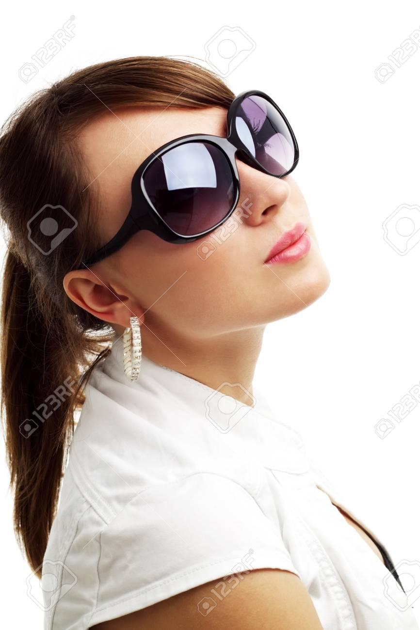 Фото частные девушки в солнечных очках