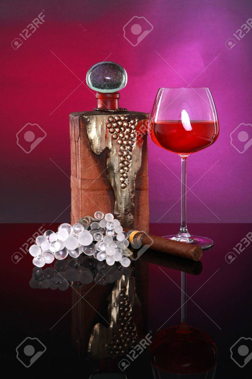 Candlelight Brandy, cigar and good company no reflection Stock Photo - 4647899