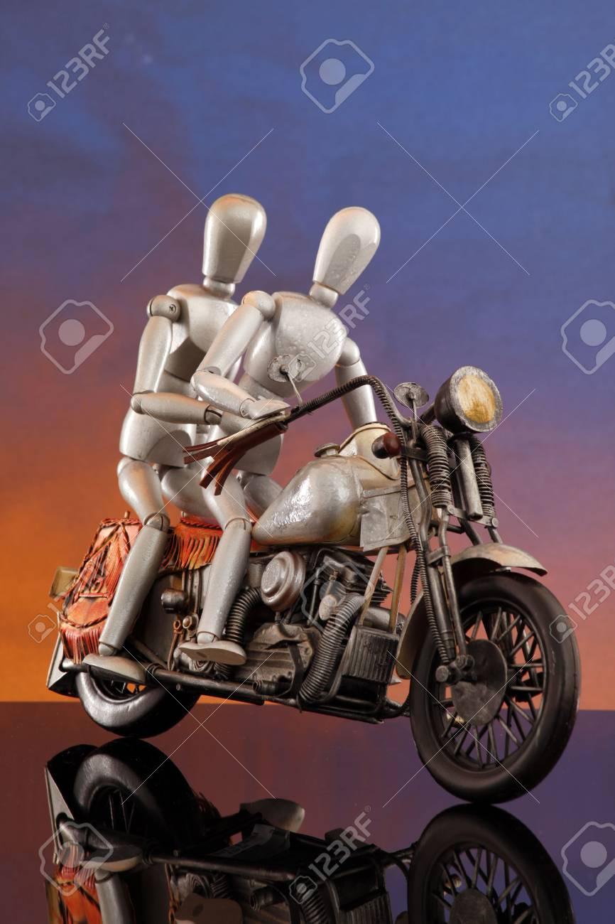 Sunset bike ride speeding Stock Photo - 4811512
