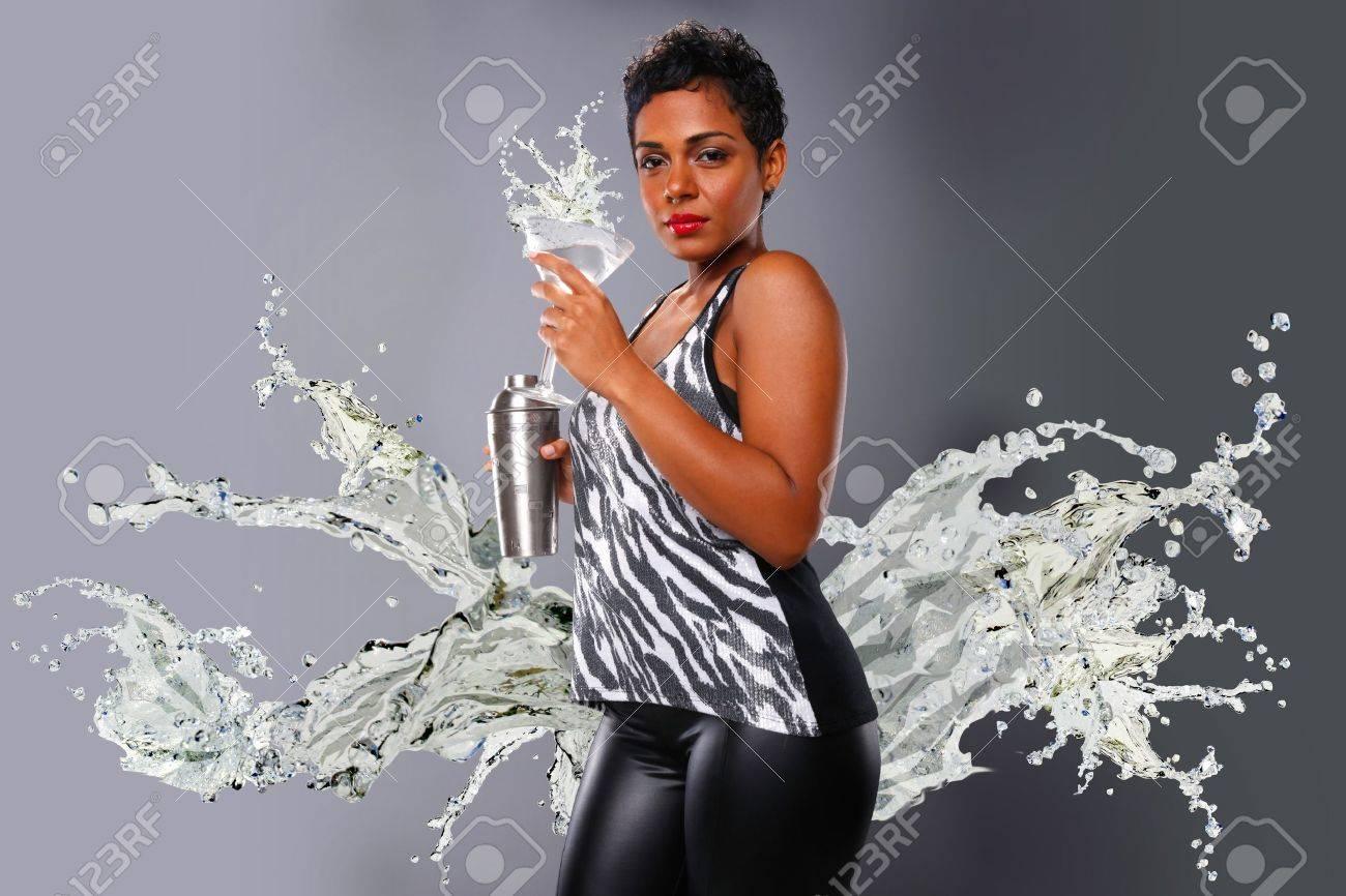 Splashing martini Stock Photo - 19226512