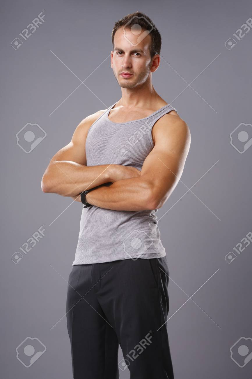 ad8a1f35150df Athletic young man in tank top Stock Photo - 19334888
