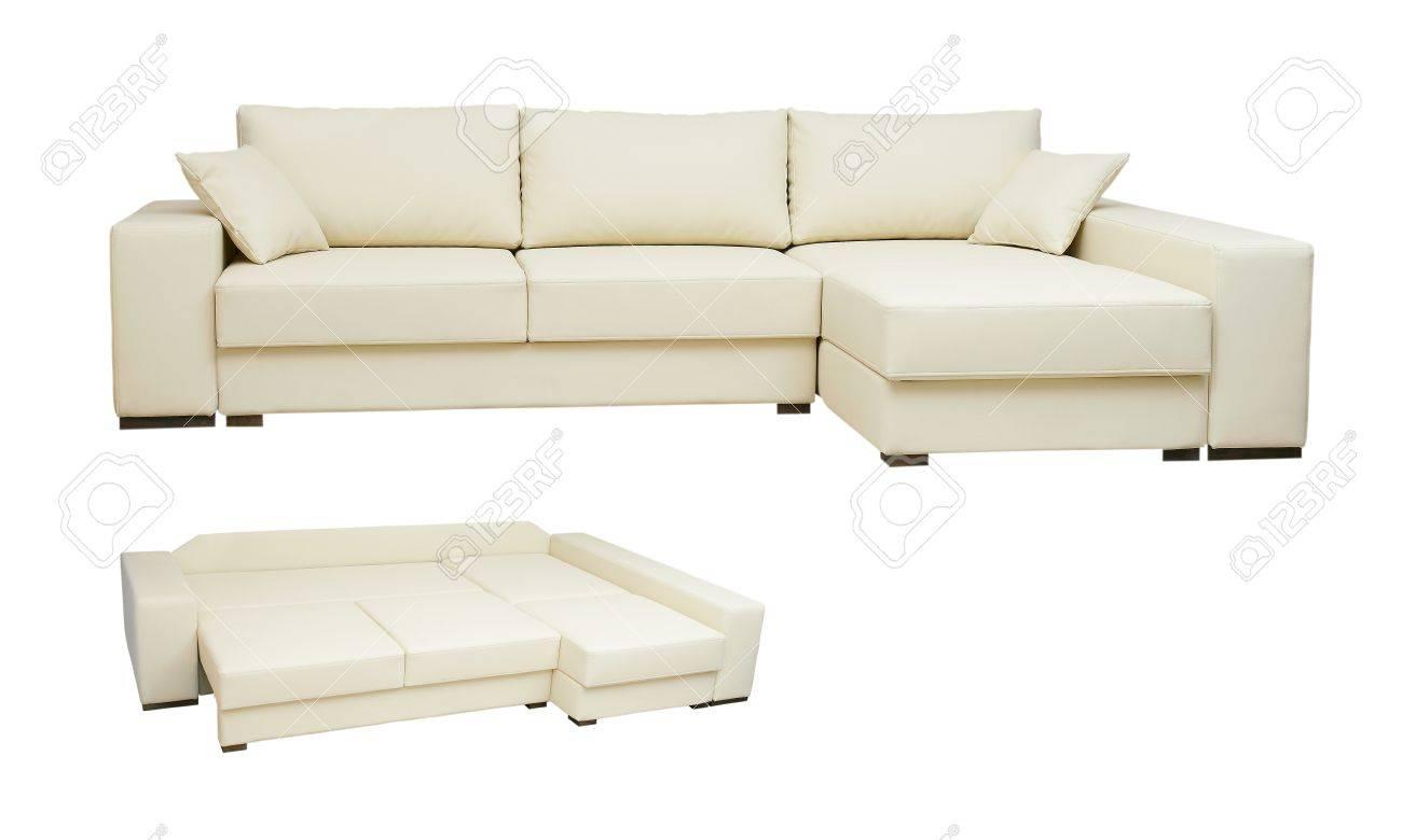 Hervorragend Schönen Ledersofa Beige Farbe Auf Weißem Hintergrund Standard Bild    15663526