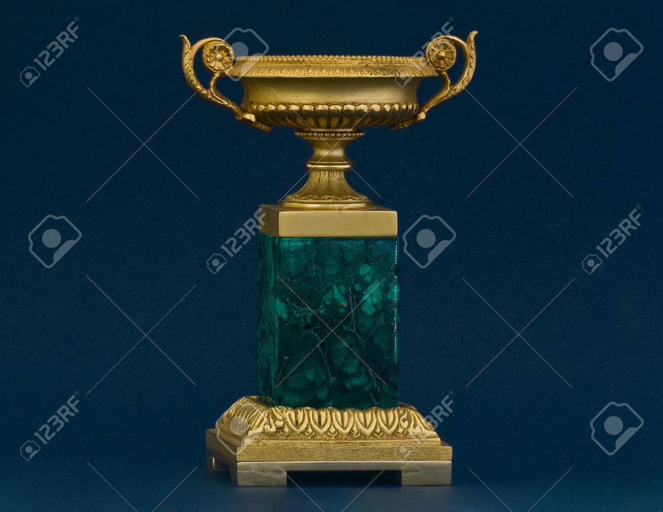BRONZE GILTED AND MALACHITE VASE FRENCH STYLE - 32203625