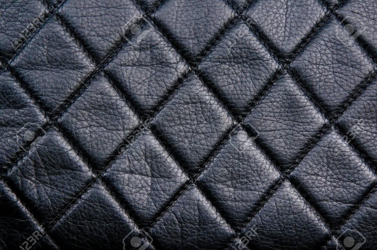 Diamond pattern black leather stitched with black thread - 43271171