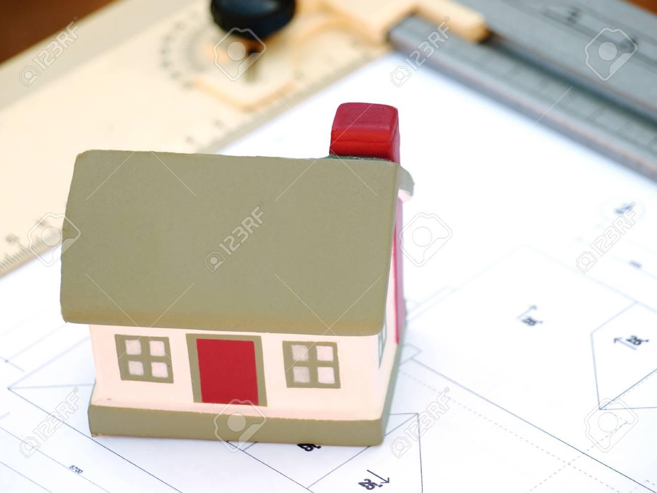 Layout Und Gestaltung Des Gebäudes Haus Layout Lizenzfreie Fotos ...