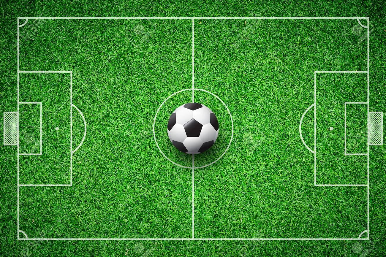 Foto de archivo - Pelota de fútbol campo pelota verde césped estadio fondo f3e51249f2353