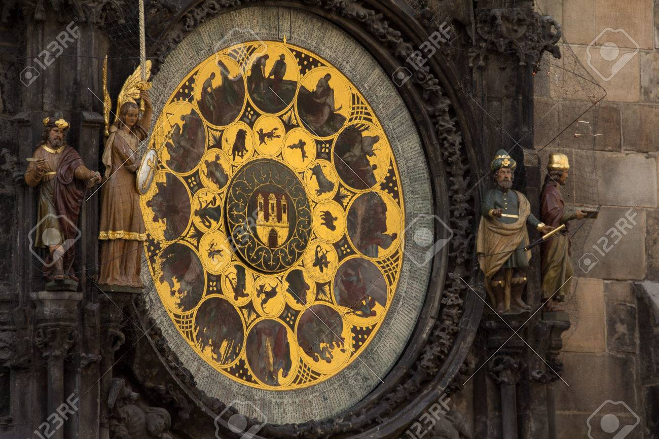 Astronomical Clock At Old Town Hall Tower In Pague Stock Photo - 60831028