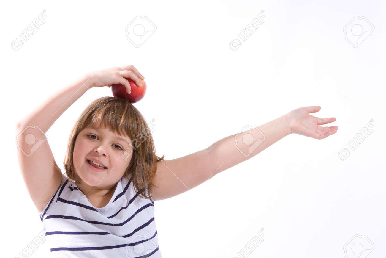 健康的な赤いりんごとかわいい女の子 の写真素材画像素材 Image 11772883