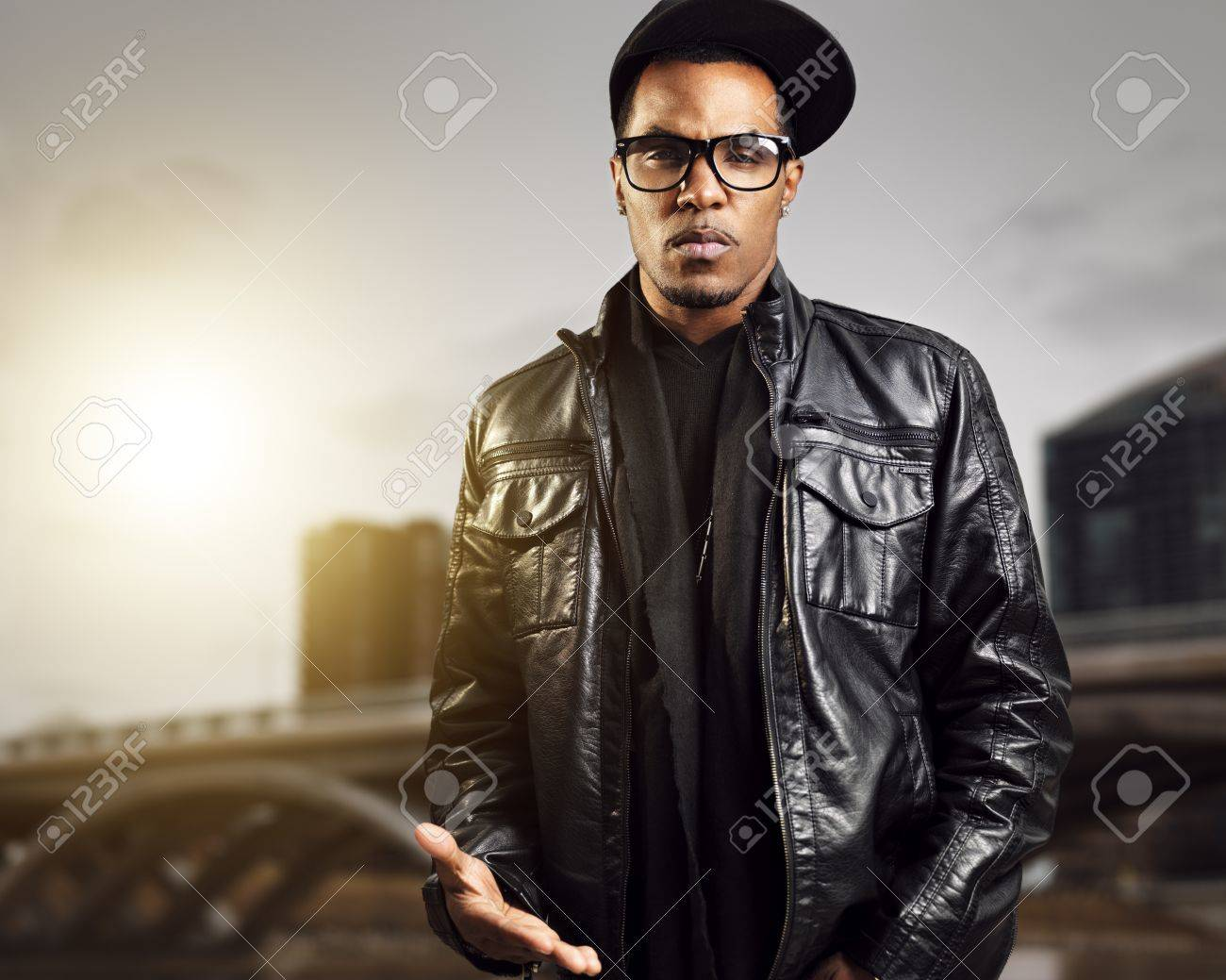 cool urban african american man posing - 19667090
