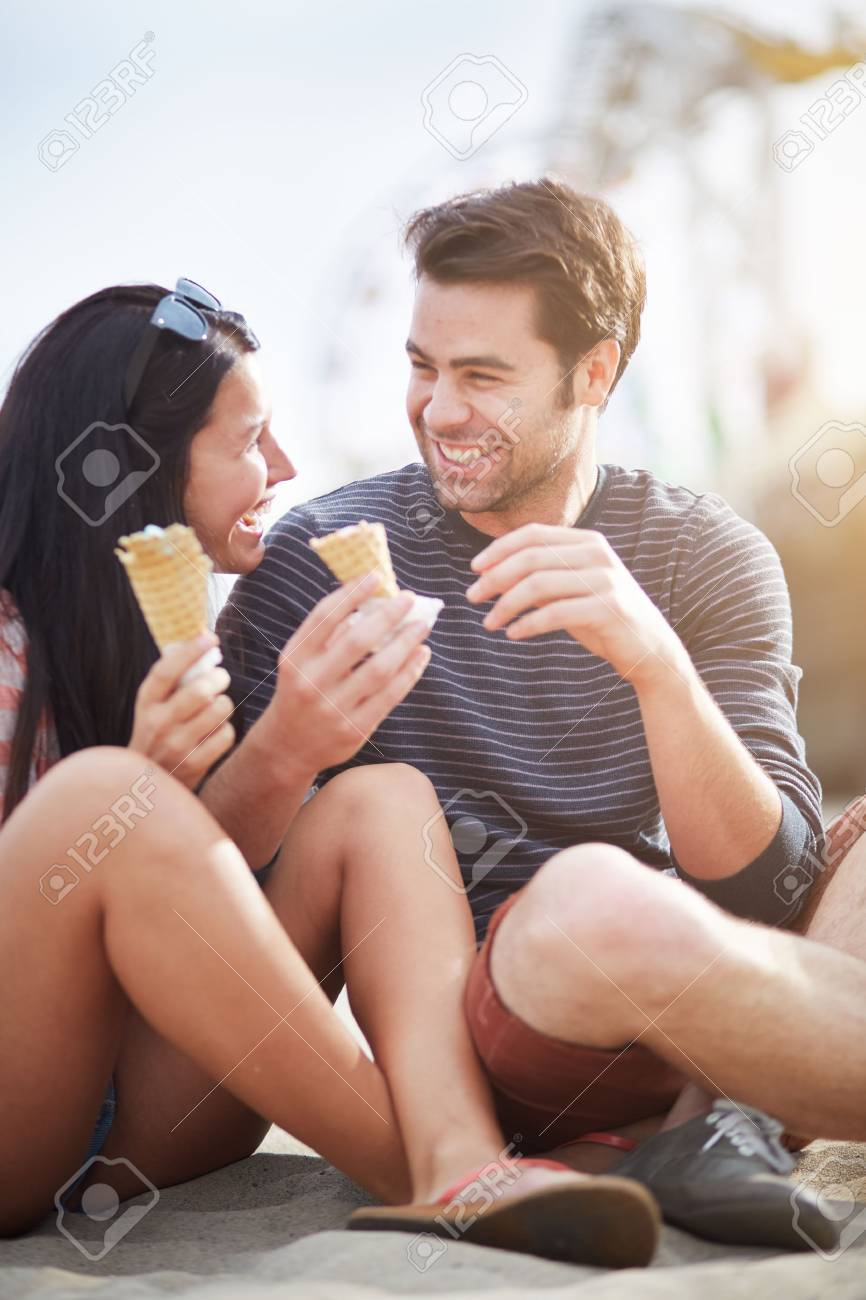 happy couple with ice cream near santa monica pier Stock Photo - 23192957