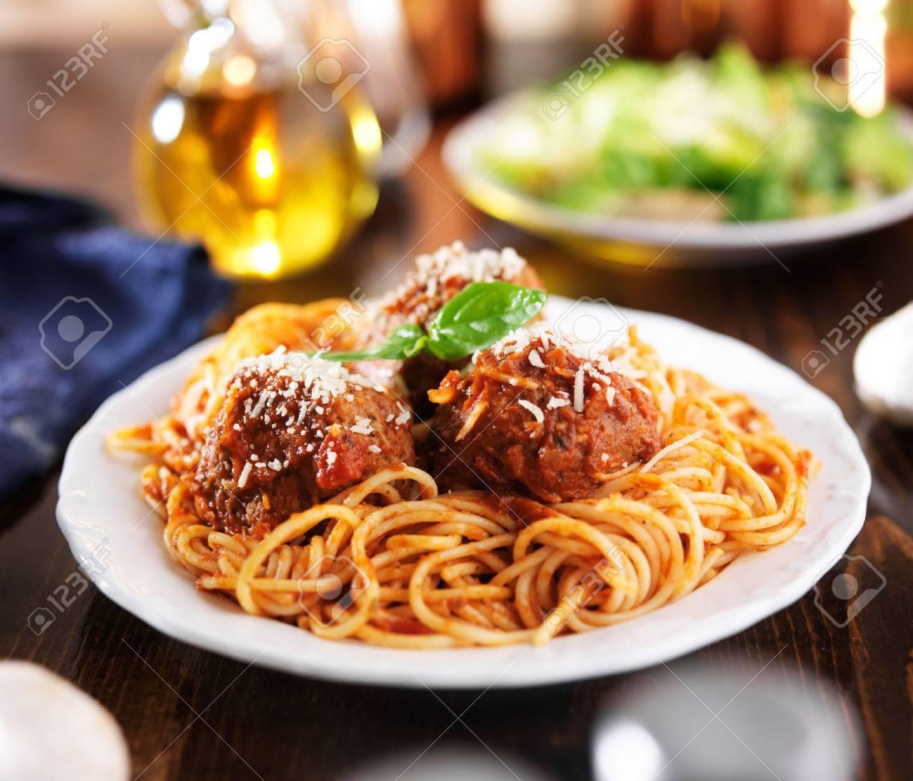 Dinner table with food - Spaghetti Dinner Italian Food Spaghetti And Meatballs At Dinner Table
