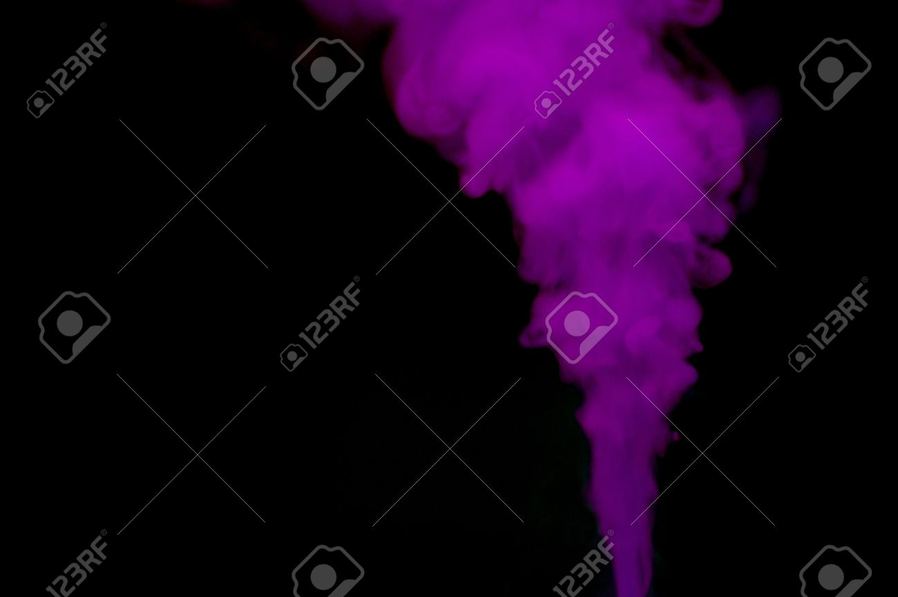 Photographing colored smoke from firework smoke bombs