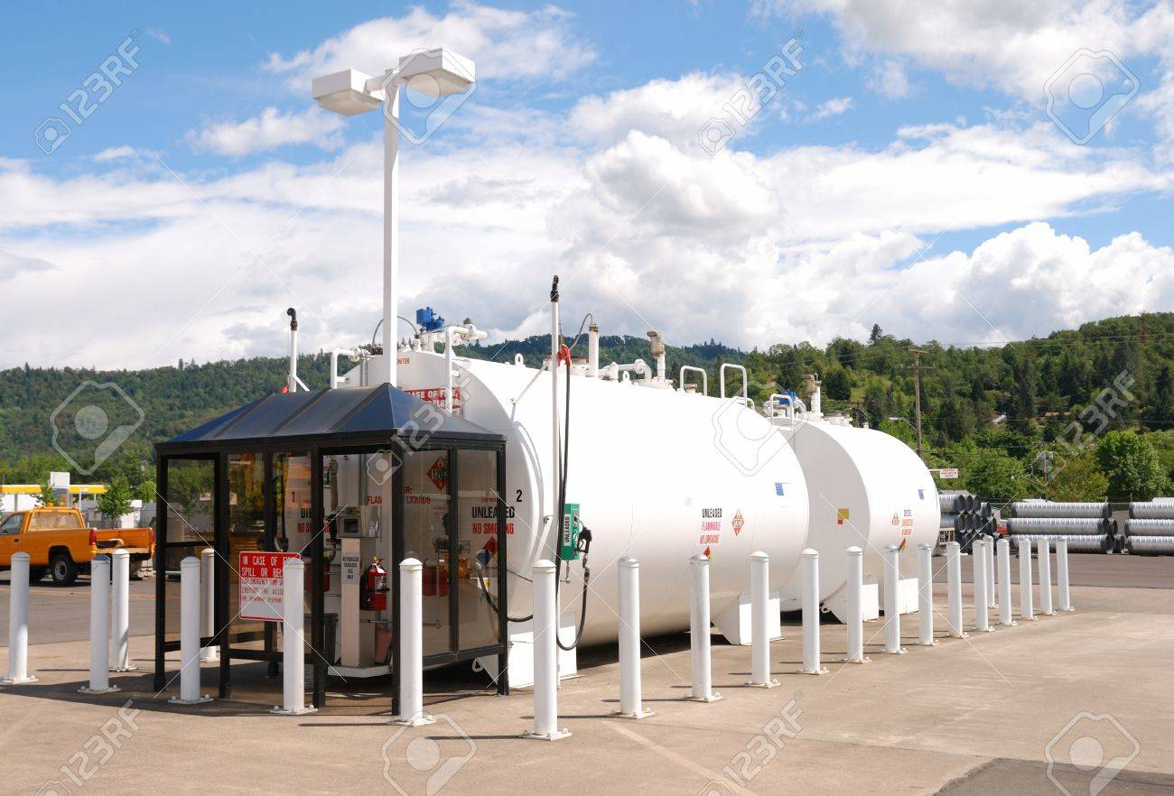 Roseburg City Fuel Station Above Ground Fuel Storage Tanks At ...