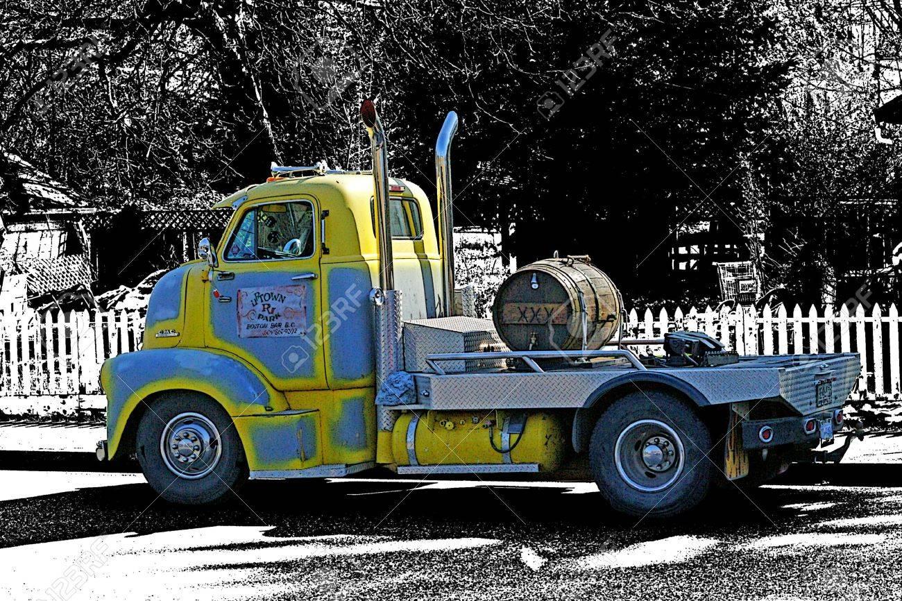vieux camion gmc banque dimages 11044954