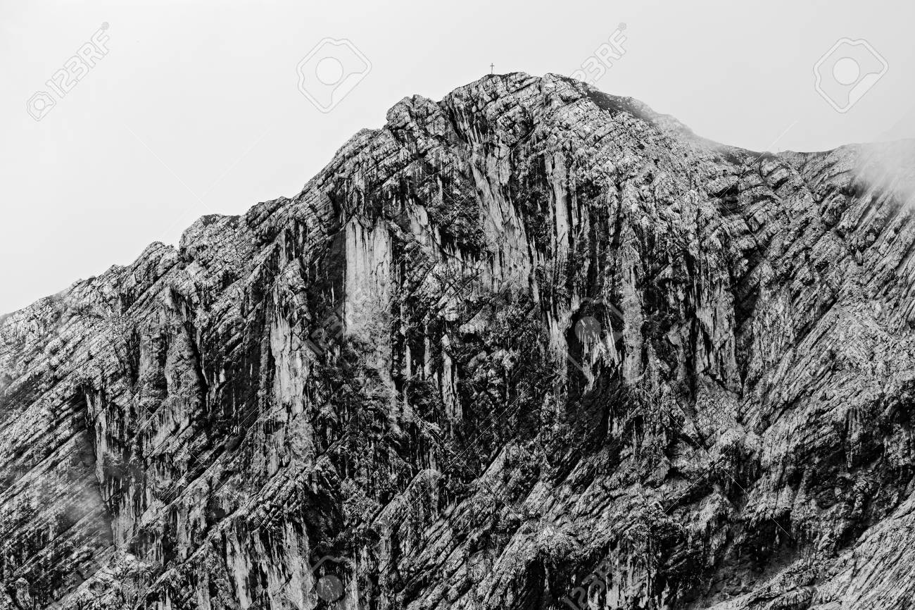 391ffccec Black And White Textured Face Of The Mountain Stock Photo, Picture ...