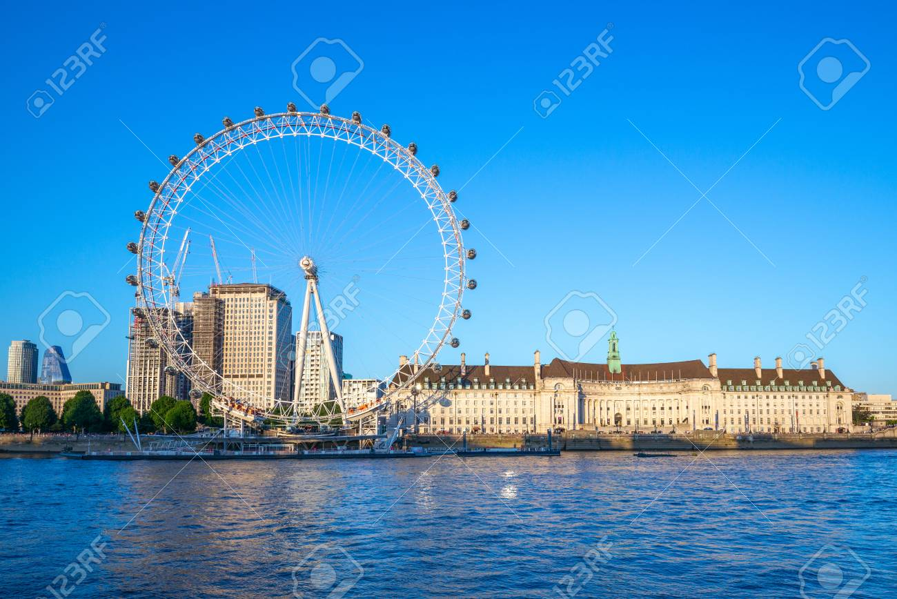 riverbank of thames river in london - 105949327