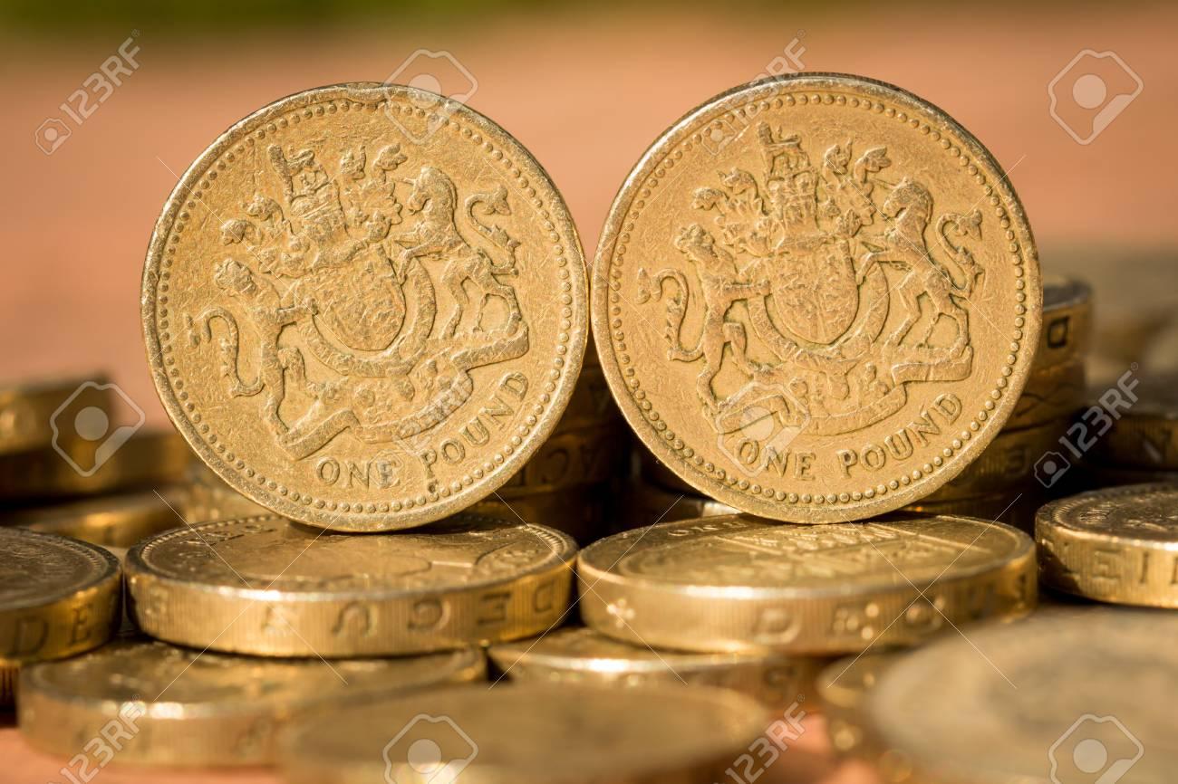 Original Design 1983 Englisch Pfund Münzen Unter Anderem Pfund