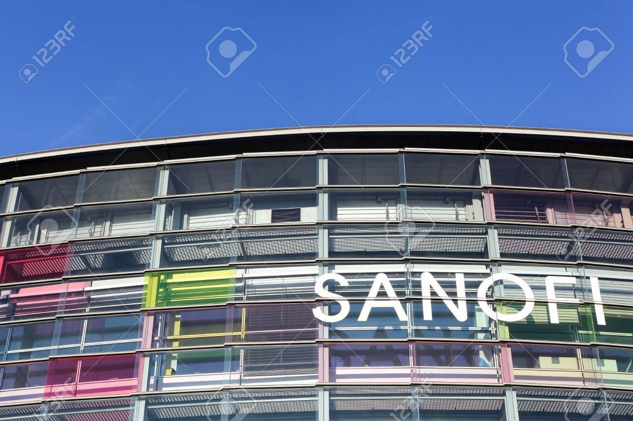 Lyon france le 22 octobre 2016: construction sanofi et le bureau