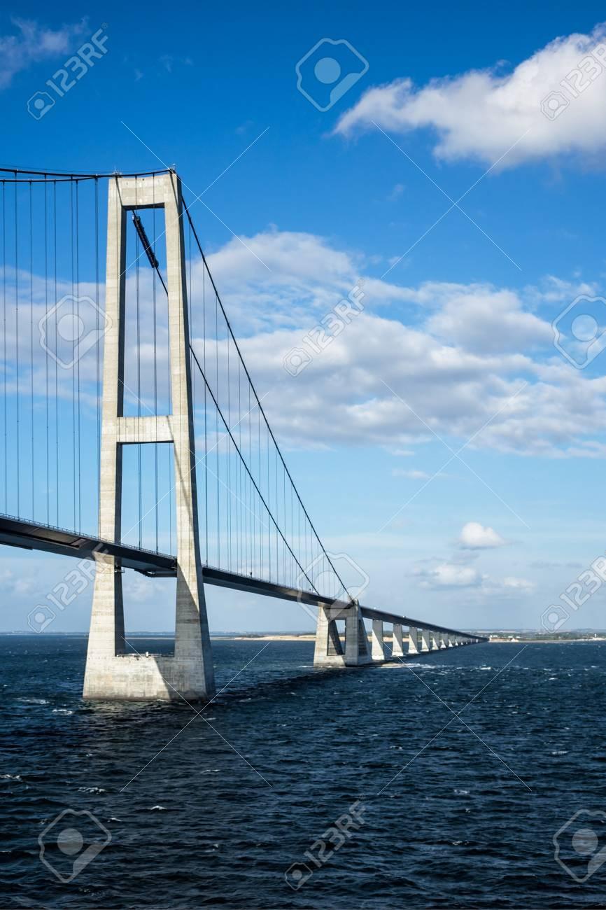 Oeresund bridge between Denmark and Sweden. - 34895831