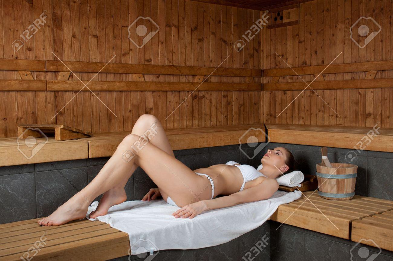 Одноклассницы в бане
