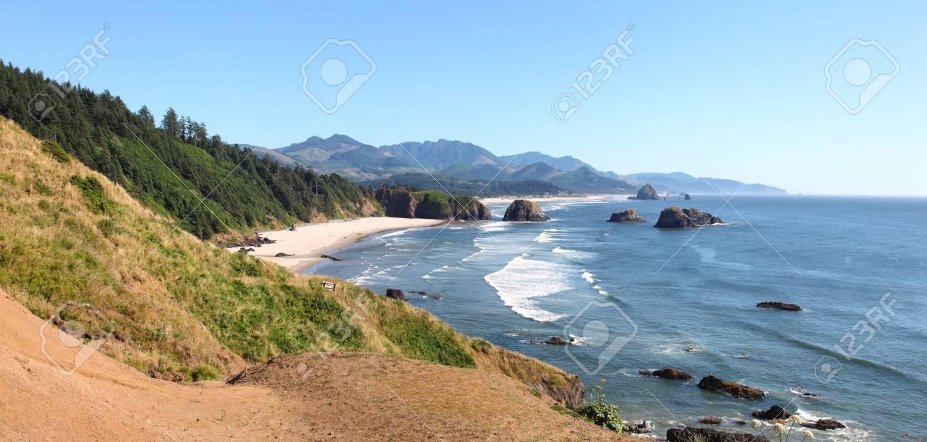 Oregon coasline panorama near Cannon beach OR. Stock Photo - 10909313