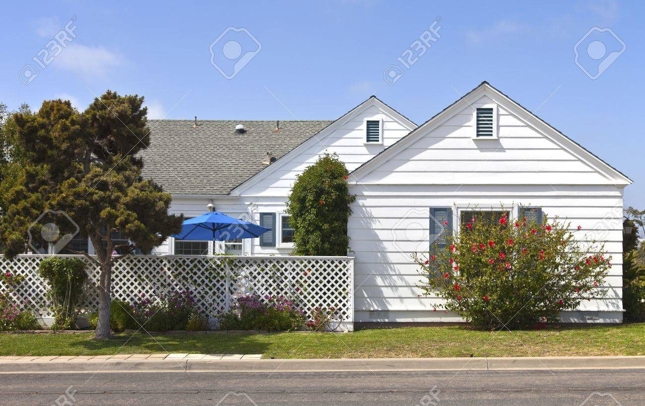 High Quality Residential House In Point Loma San Diego Neighborhood California Stock  Photo   21851345