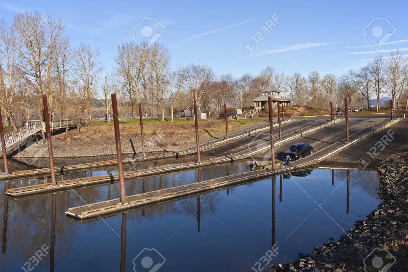 Circuito Oregon : Lanzamiento del barco y la transmisión en circuito de parques del
