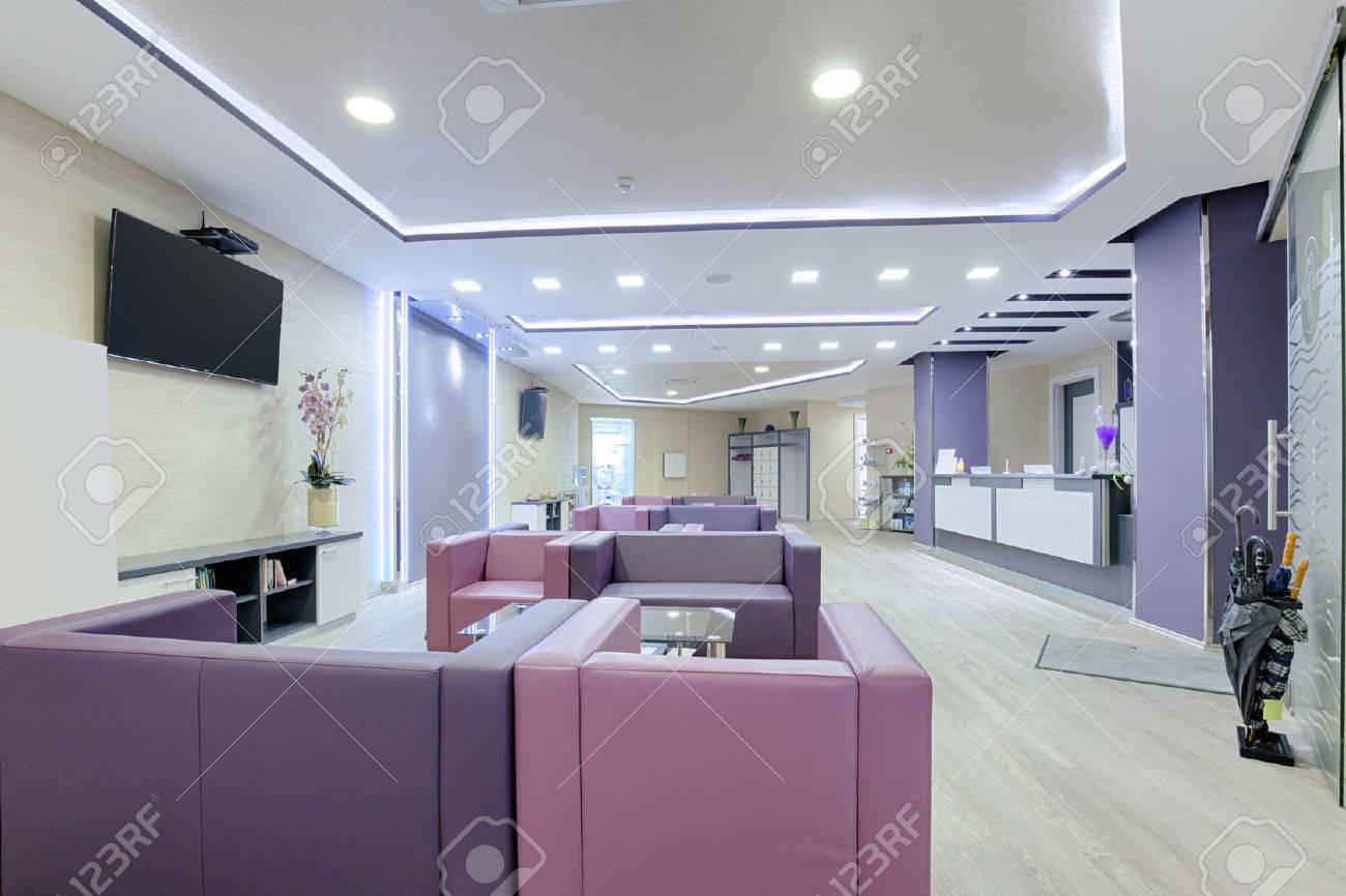 Spacious waiting room in a modern clinic - 50382266