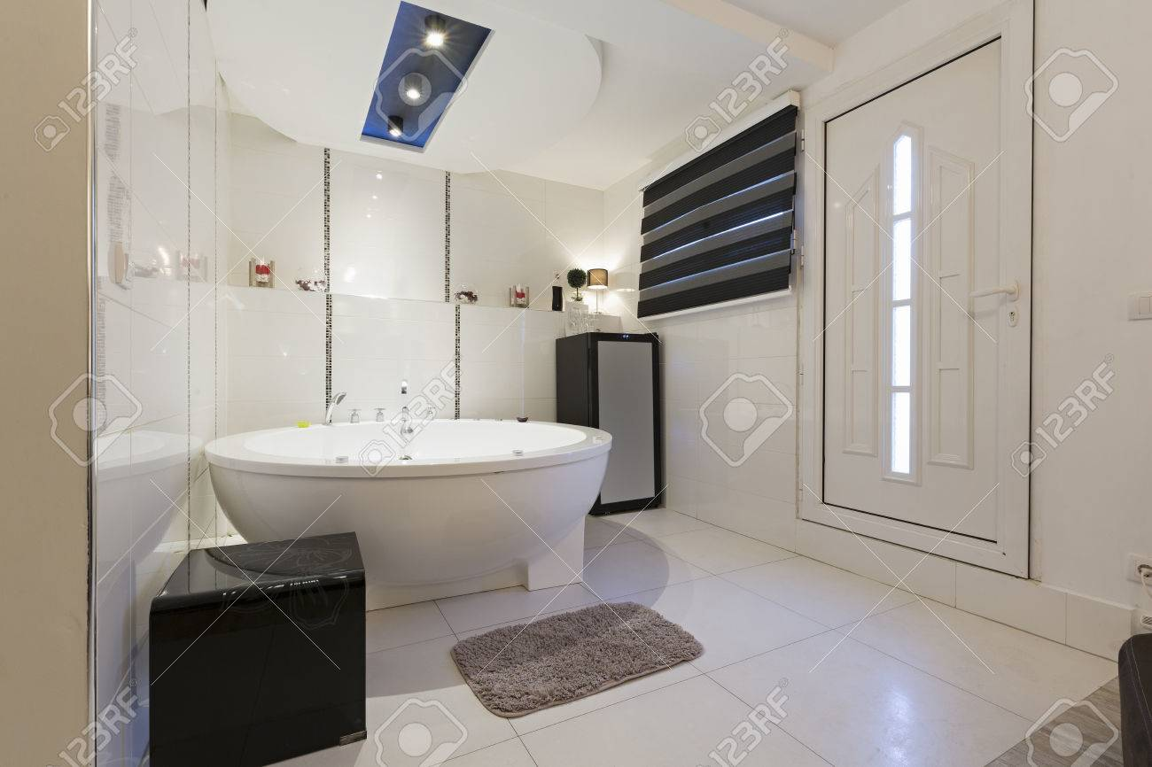 Hotel Bathroom With Jacuzzi Bath Stock Photo, Picture And Royalty ...