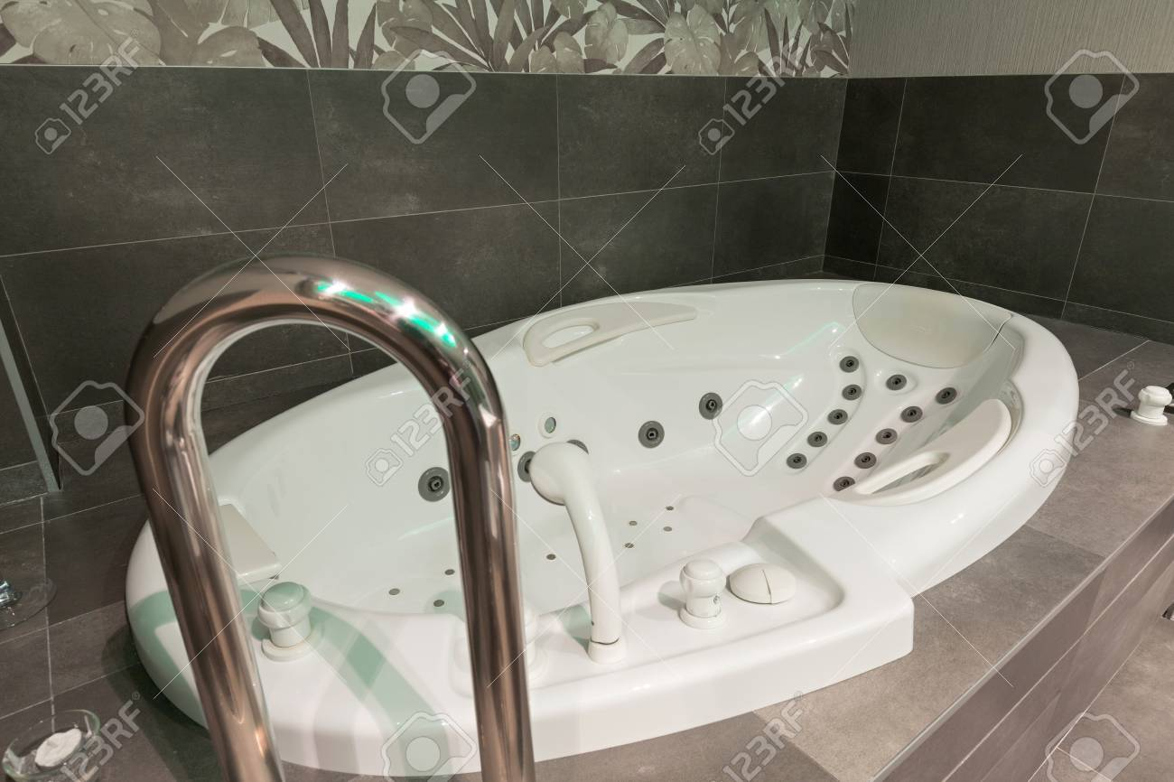 Jacuzzi Bath In Hotel Spa Center Stock Photo, Picture And Royalty ...