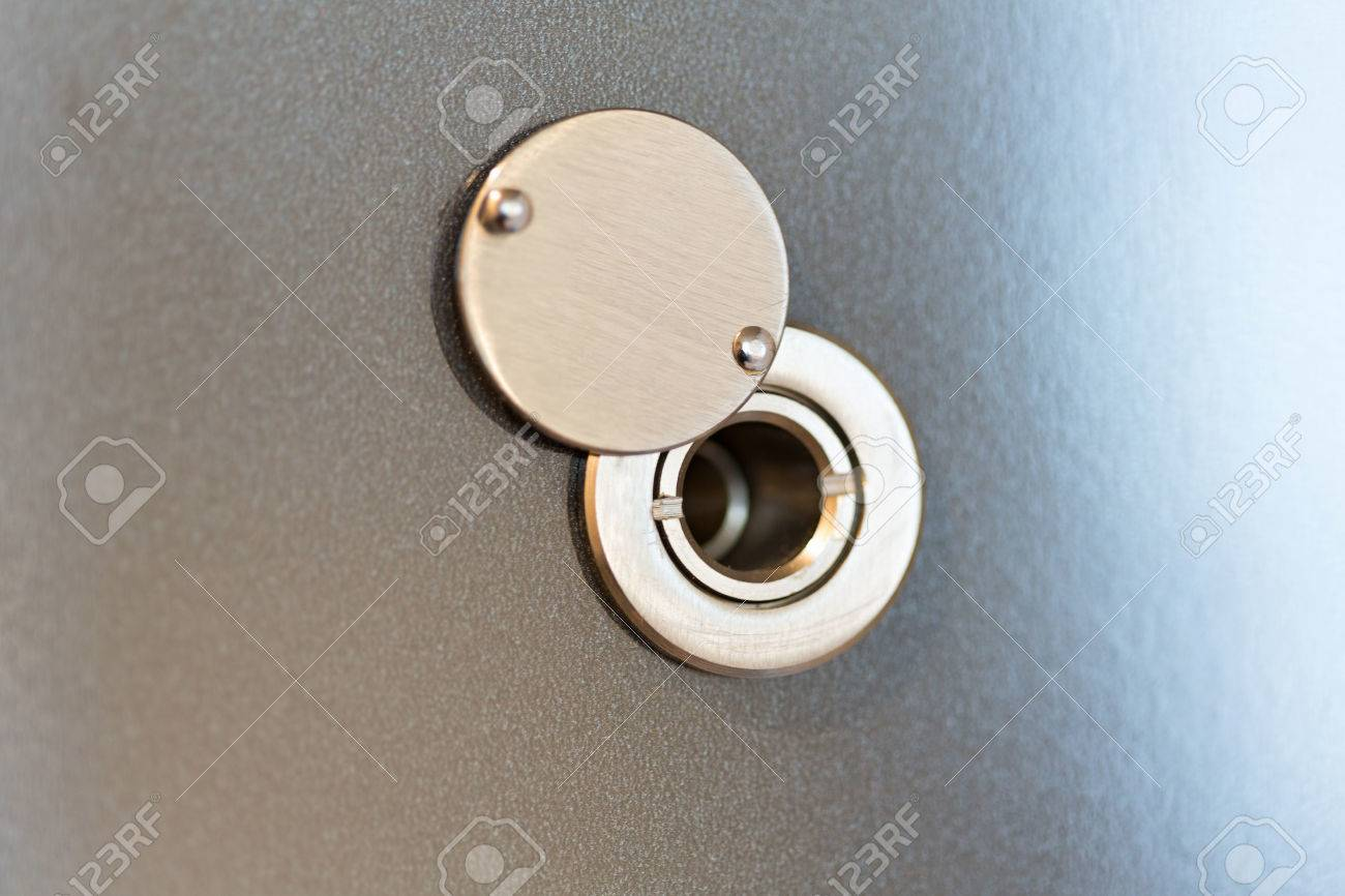 Peepholespy door hole Stock Photo - 84252947 & Peepholespy Door Hole Stock Photo Picture And Royalty Free Image ...